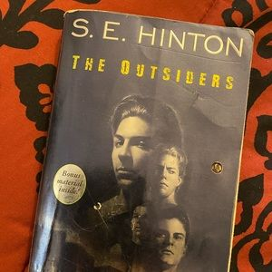 🔴Free🔴The Outsiders Book